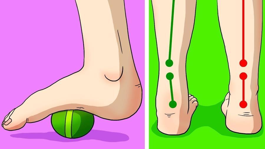 massaggio ai piedi con palla tennis